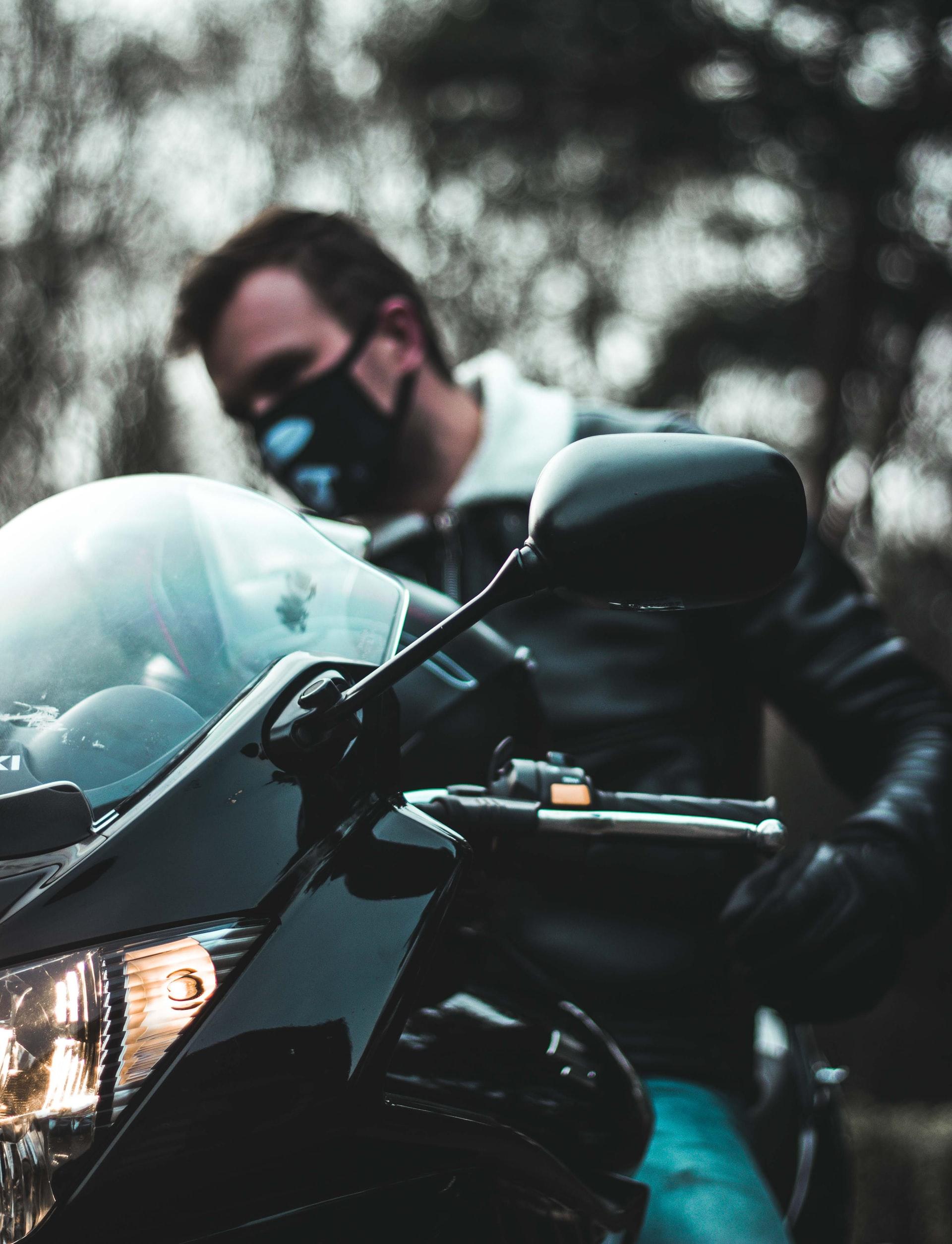 8 razones para viajar en moto